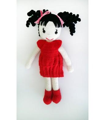 Amigurumi Lüle Saçlı Kırmızı Elbiseli Bebek Oyuncak